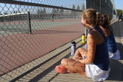 Girls Tennis Starts Out the Season Swinging