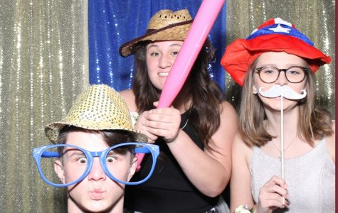 The dos and don'ts of taking pictures at formal.